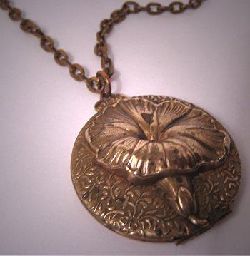 Antique Locket Vintage Art Nouveau Flower Chain Necklace