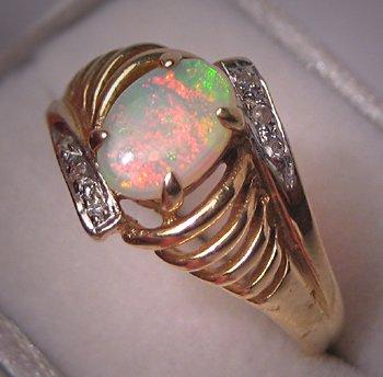 Vintage Australian Opal Diamond Ring Estate Jewelry 14K Gold