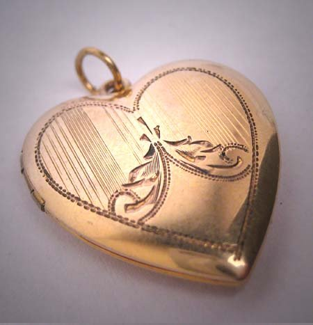 Antique Engraved Gold Locket Heart Victorian Art Deco Pendant 1920