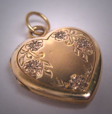 Antique Victorian Gold Floral Heart Locket Pendant Vintage 1920