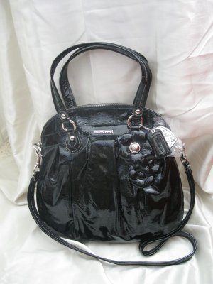 BRAND NEW COACH POPPY PATENT WITH FLOWER HIGHLIGHT HANDBAG PURSE - Style 16491