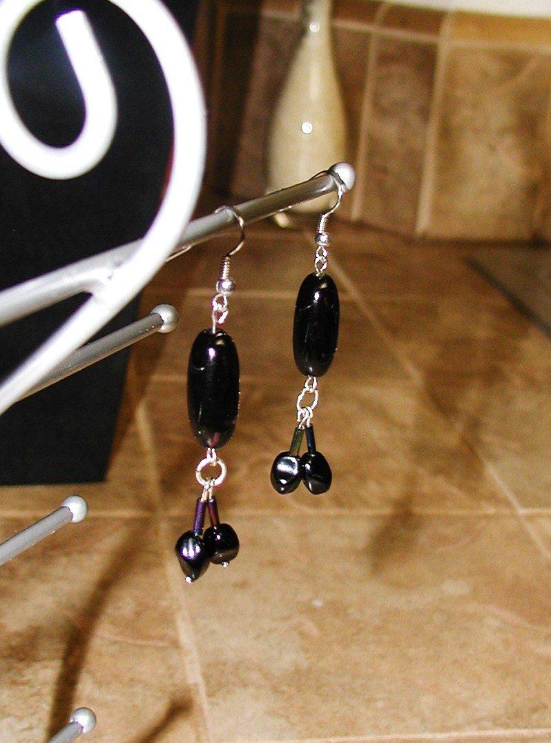 Black Buttercup -Earrings, Long