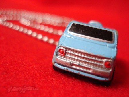 1970s Checvy Van : Necklace