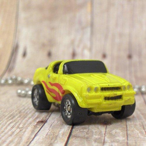 1970s Chevy Camaro : Necklace