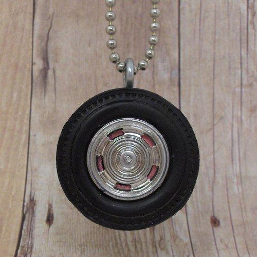 Chevy Wheel - Reversable Necklace