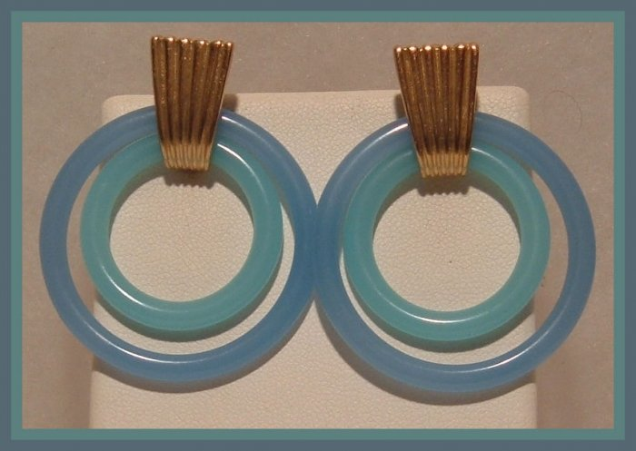 BLUE ACRYLIC DOUBLE HOOP DANGLE CLIP-ON EARRINGS NOS