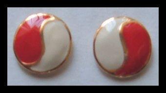 "RED ^ WHITE ENAMELED G/T HUGGIE PIERCED EARRINGS .75"" NOS VINTAGE 80s"