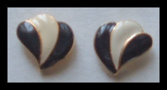 "BLACK & WHITE ENAMEL G/T WING PIERCED EARRINGS .65"" NOS VINTAGE 80s"