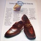 1969 Weyen Massagic Shoes Color Print Ad