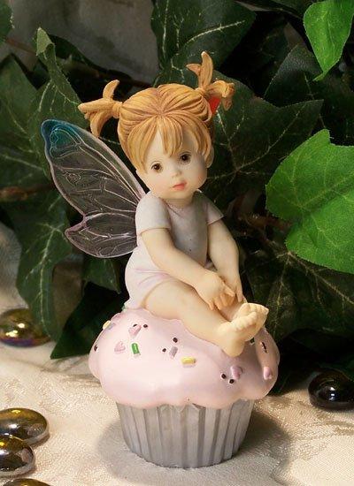 Kitchen Fairy on Cupcake