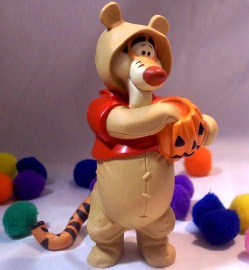 Disney Tigger Dressed as Pooh Halooween