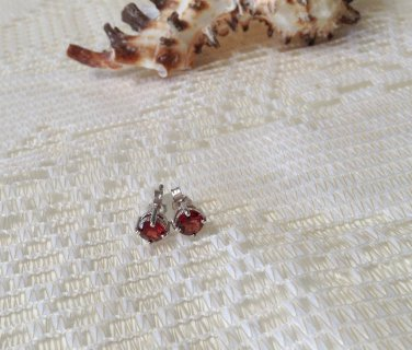 1.20 ctw Genuine Red Garnet Round Cut Sterling Silver Earrings NEW