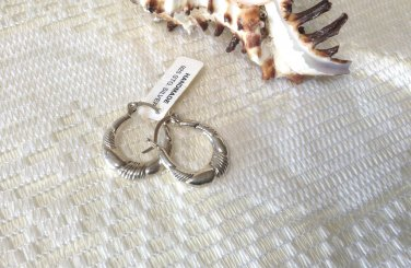 .925  Sterling Silver Elegant Design High Polished  Hoop Earrings NEW