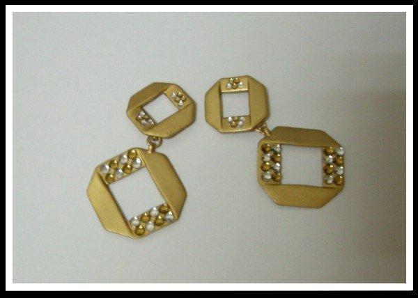 E32 Unique Plate Loop Earrings With Czech Rhinestone