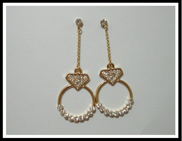 E48 Dazzling Circle Earrings With Rhinestone
