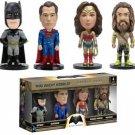 Batman v Superman-Dawn of Justice 4 mini Wacky Wobbler Bobble Heads in Box Set