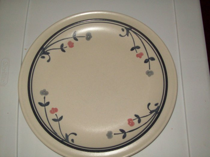 Pfaltzgraff Dinner Plate Windsong Pattern Discontinued Pink Blue Flowers Like New