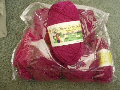 Lane Borgosesia Hilton virgin wool yarn 12 skeins fuchsia