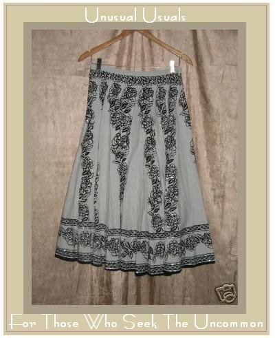 PASSPORT Long & Full Black & Tan Floral Circle SKIRT SMALL S