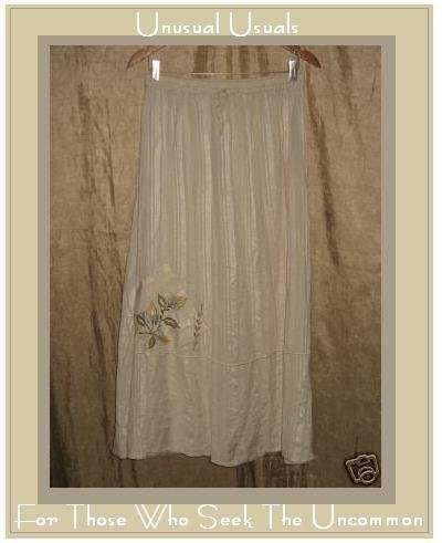 Papillon Soft Cream A-Line Skirt Long & Full Medium M