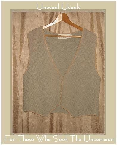 Deborah DaSILVA Nubby Textured Organic Cotton Vest Large L