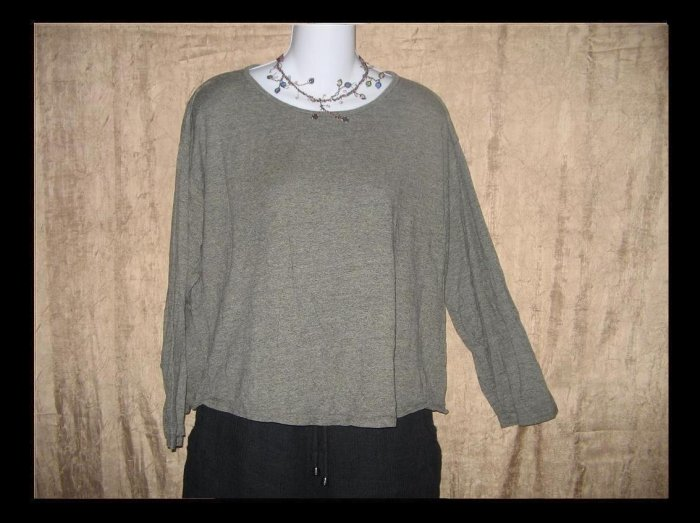 PUTUMAYO Soft Taupe Gray Knit Pullover Shirt Top Large L