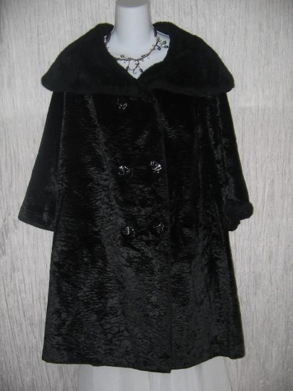 Vintage Long Black Velvet Coat w Faux Fur Trim OS