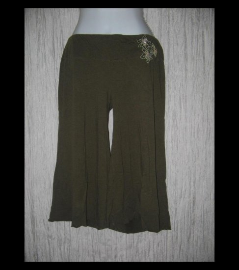 FREE PEOPLE Soft Earthy Green Brown Knit Gauchos Pants Small Petite SP