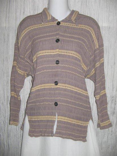 Jackie Loves John Boutique Smokey Lavender Button Top Shirt OS