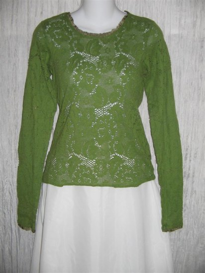 New NEESH by D.A.R. Lacey Green Ribbon Trim Shirt Top Medium M