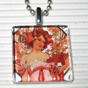 Art Glass Necklace Alphonse Mucha Champagne White Star