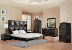 Stylish Milena Wenge Finish Modern Bedroom Set w/ High Headboard