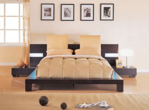 GF-G020  //  Exclusive Modern Design Platform Bed w/ Headboard Pillows