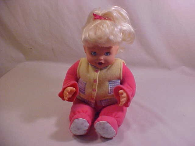 2000 IRWIN TOY TALKING INTERACTIVE REALISTIC DOLL