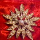 VINTAGE GOLD TONE FAUX PEARL STARBRUST BROOCH PENDANT
