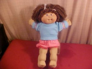 1978 VINTAGE CABBAGE PATCH KID DOLL BROWN HAIR CUTE
