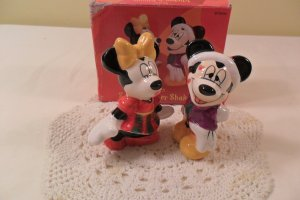 Disney Mickey & Minnie Salt and Pepper Shakers