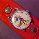 VINTAGE WALT DISNEY MICKEY MOUSE WATCH