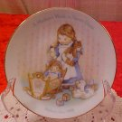 1988 AVON COLLECTOR PLATE A MOTHER'S WORK IS NEVER DONE