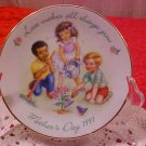 AVON 1997 LOVE MAKES ALL THINGS GROW MOTHER'S DAY PLATE