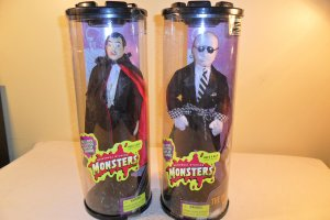 2 1998 universal studios monsters son of dracula,invisible man dolls