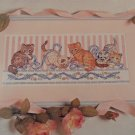 CROSS STITCH PATTERN CATS IN A ROW PICTURE