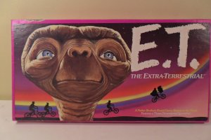 Item image  1982 E.T. The Extra-Terrestr�ial Board Game. Complete!