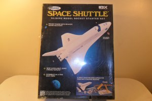 Estest Space Shuttle Gliding Model Starter Set NIB E2X series