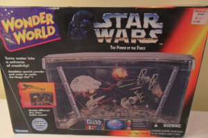 MIB 1995 Wonder World Star Wars Water Tank Toy Kenner