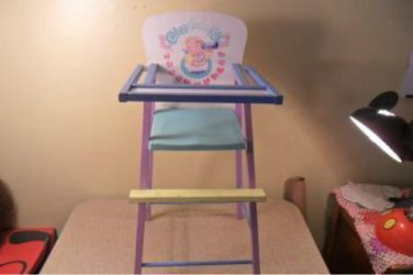 VINTAGE CABBAGE PATCH WOODEN DOLL HIGH CHAIR