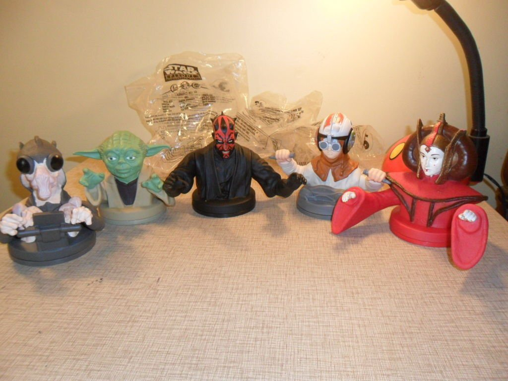Lot of 5 Star Wars 1999 Episode 1 Cup Toppers NO Cup