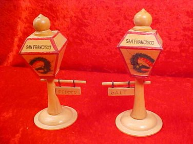 VINTAGE SAN FRANCISCO LIGHTPOLE SALT & PEPPER SHAKER