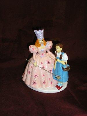 WIZARD OF OZ Illuminated GLINDA & DOROTHY Figurine