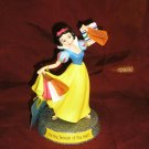 Walt Disney SNOW WHITE Shopping PRINCESS Figurine